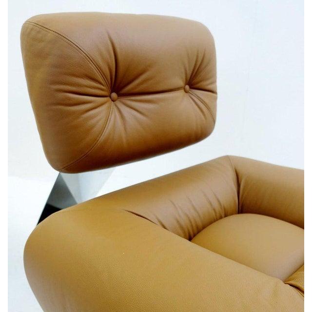 "Animal Skin Pair of ""Aran"" Lounge Chairs by Oscar Niemeyer, Circa 1975 For Sale - Image 7 of 9"