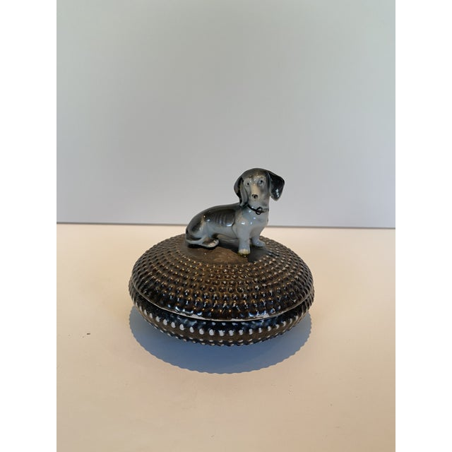 1950s Vintage Dorothy Thorpe Ceramic Circular Box With Dog For Sale - Image 5 of 5