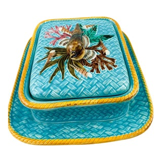 Wedgwood Majolica Sardine Box Shell Pattern Turquoise Wicker, English, Date 1877 For Sale