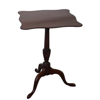 Kittinger Colonial Williamsburg Tilt-Top Side Table For Sale