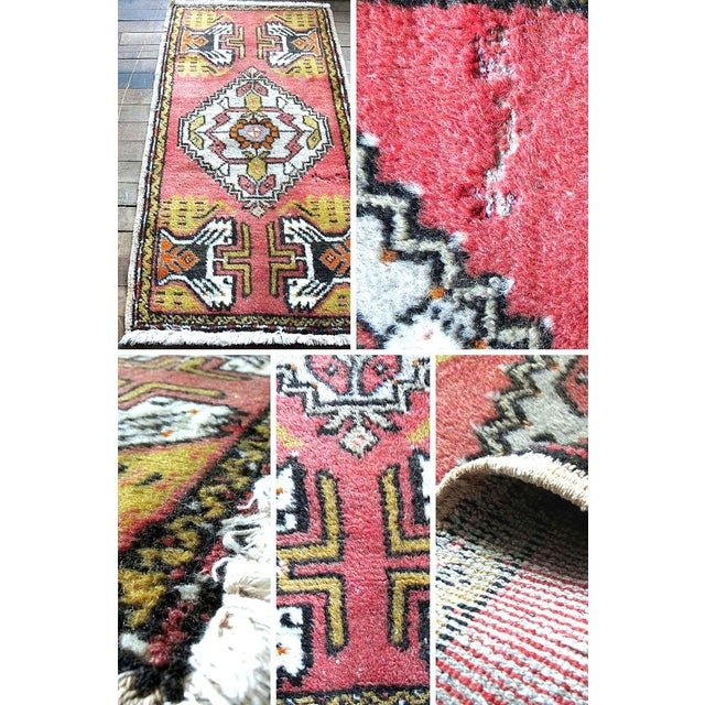 "Pink Vintage Turkish Rug - 1'8"" x 3'2"" - Image 3 of 7"