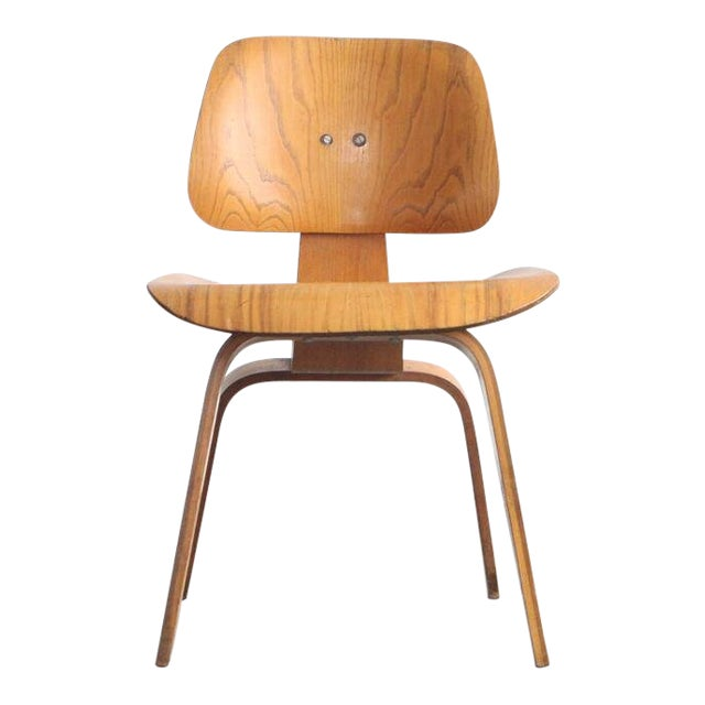 1950s Vintage Early Eames for Herman Miller Dcw Chair For Sale