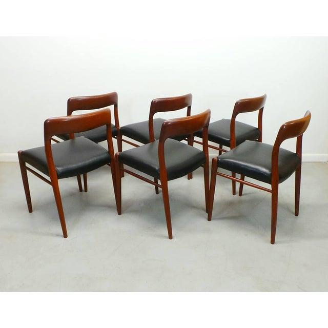J.L. Møllers Møbelfabrik 1960s Vintage J.L. Moller Danish Modern Black Dining Chairs- Set of 6 For Sale - Image 4 of 9
