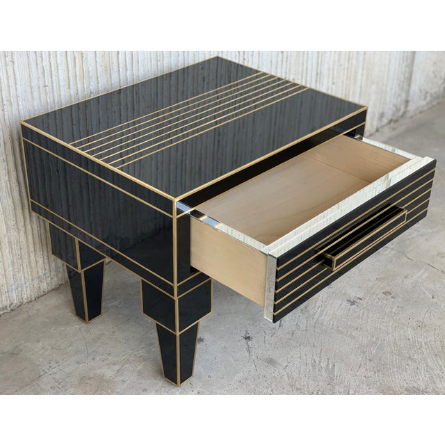 Black New Pair of Mirrored Low Nightstand in Black Mirror and Chrome With Drawer For Sale - Image 8 of 10