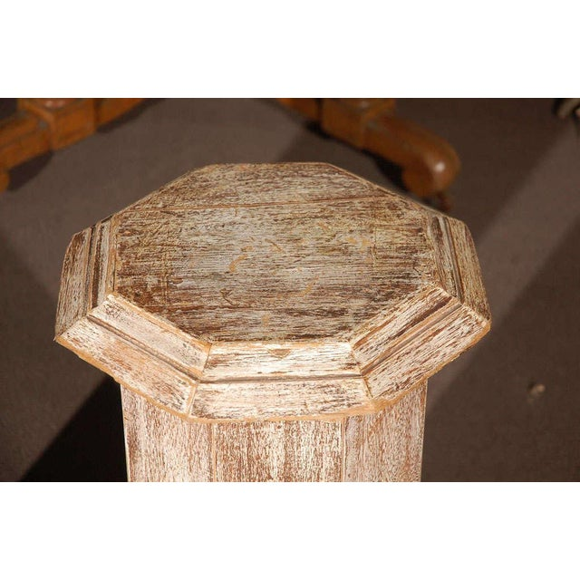 Mid 19th Century Pair of Octagonal Beveled Top Columnar Plinths From 19th Century England For Sale - Image 5 of 8