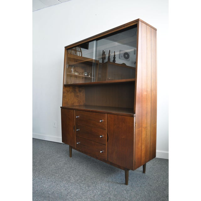 Mid-Century Modern Hutch I believe this was made by Stanley Furniture, but there are no labels/makers marks. Beautiful and...