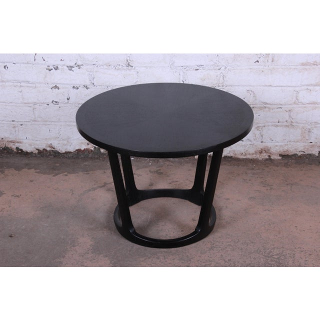 Mid-Century Modern Ebonized Sculpted Walnut Side Table by Lane For Sale - Image 3 of 7