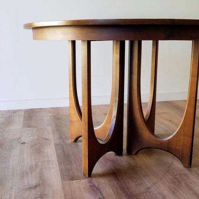 1960s 1960s Broyhill Brasilia Round Dining Table For Sale - Image 5 of 13