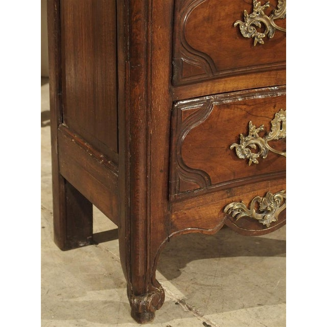 French 18th Century Walnut and Oak Chiffonier Chest of Drawers from France For Sale - Image 3 of 11