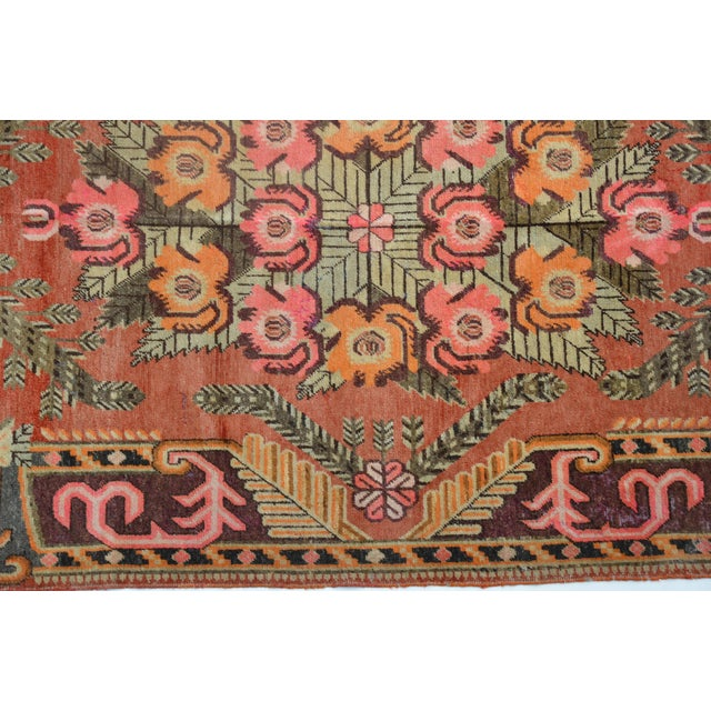 "Art Deco Gorgeous Vintage Khotan Rug 9'4"" X 5'8"" For Sale - Image 3 of 5"