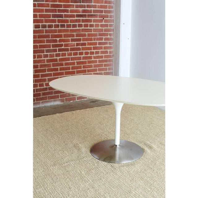 Cast Iron Contemporary Eero Saarinen Oval Tulip Table For Sale - Image 7 of 13