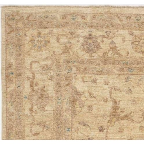 Hand knotted. Vegetable dyes. soft color palette. Pastel tone. Farahan design. 8'x 8'