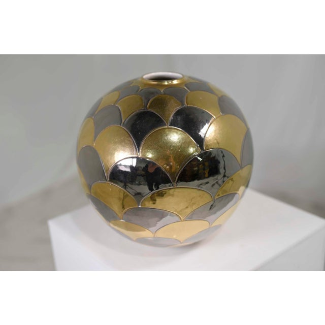 Gold Vintage Bellini Italy Fish Scale Metallic Gold and Silver Mirrored Ceramic Vase For Sale - Image 8 of 10