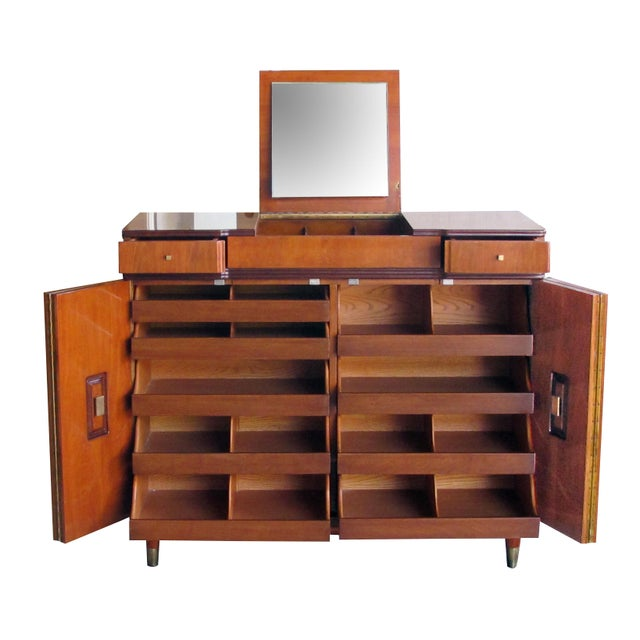 Mid-Century Modern A Handsome and Rare American Mid-Century Walnut Dressing Cabinet by John Widdicomb For Sale - Image 3 of 8