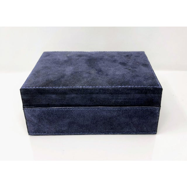 2010s Ralph Lauren Inspired Navy Blue Suede Leather Box - Medium For Sale - Image 5 of 11