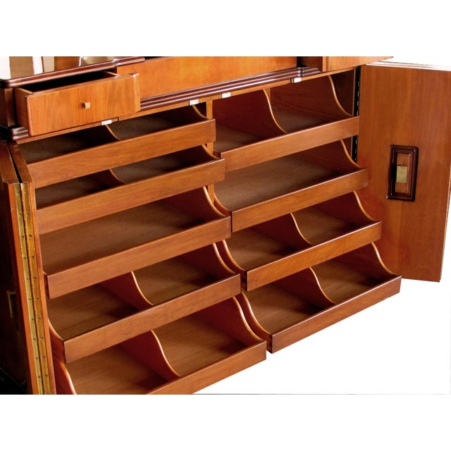 A Handsome and Rare American Mid-Century Walnut Dressing Cabinet by John Widdicomb For Sale In San Francisco - Image 6 of 8