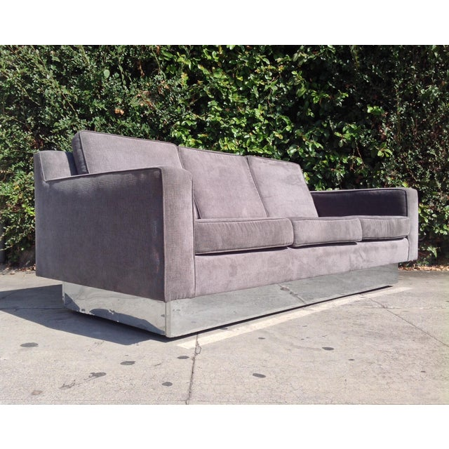 Just in this gorgeous sleek and sexy three seater sofa designed by Harvey Probber dating to the 1970's. redone in a really...