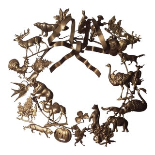 Vintage Choses Dresden All-Holiday Wreath For Sale