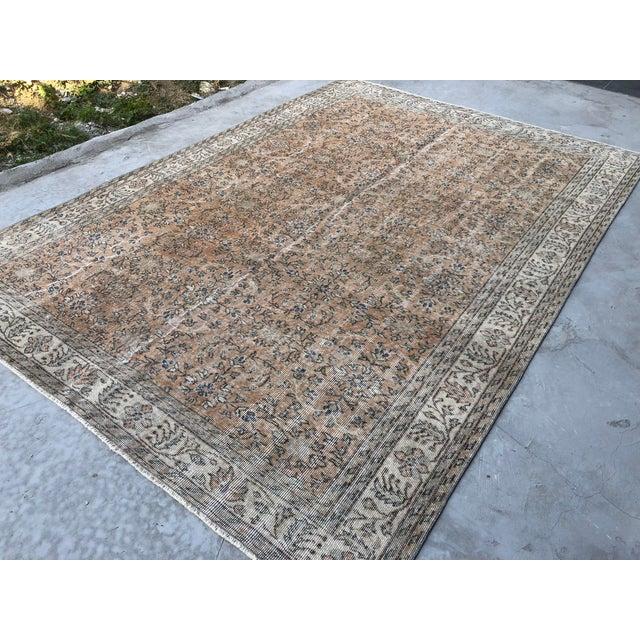 1960s Turkish Oversize Handmade Carpet For Sale In Austin - Image 6 of 10