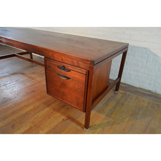 Jens Risom Designs Walnut Executive/Partner's Desk For Sale - Image 6 of 7