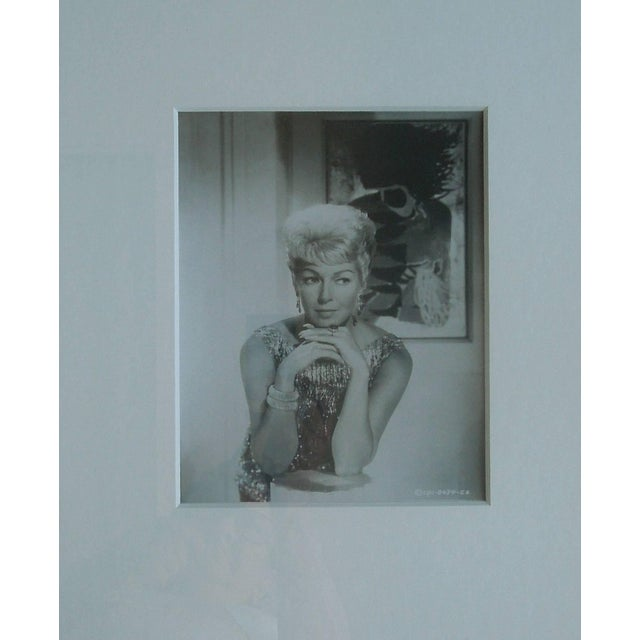 1960s Original Hollywood Studio Glamour Photograph of the Lovely Lana Turner For Sale - Image 5 of 6