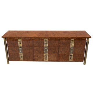 Mastercraft Burl Wood and Brass Hardware Long 9 Drawers Credenza Dresser For Sale