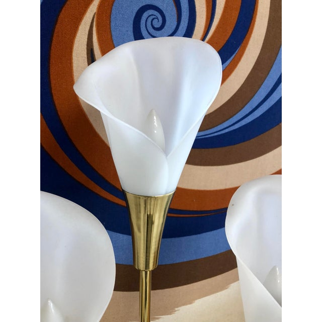 Mid 20th Century Vintage Mid Century Calla Lily 6 Light Brass Table Lamp For Sale - Image 5 of 7