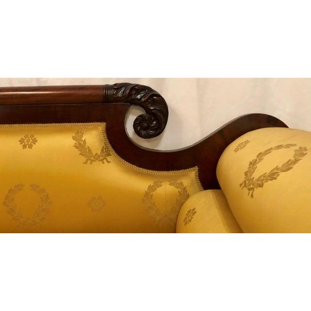Antique American Federal Mahogany Sofa, Circa 1830-1840.