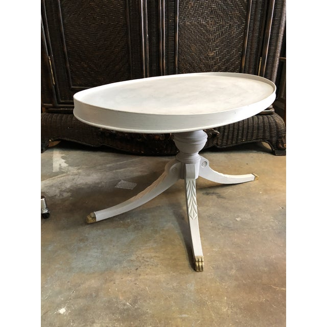 1960s Regency Oval Coffee Table For Sale In Miami - Image 6 of 7
