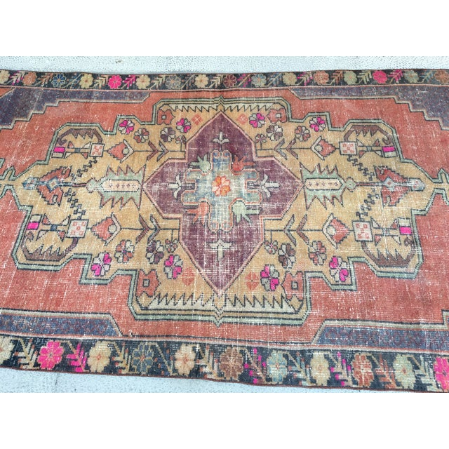 Textile 1970s Vintage Turkish Anatolian Hand-knotted Oushak Rug- 4′3″ × 8′ For Sale - Image 7 of 9