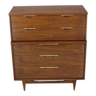 1970s Mid-Century Modern 5-Drawer Walnut High Chest Dresser Clean For Sale