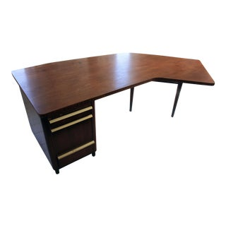 Stow & Davis Executive's Desk