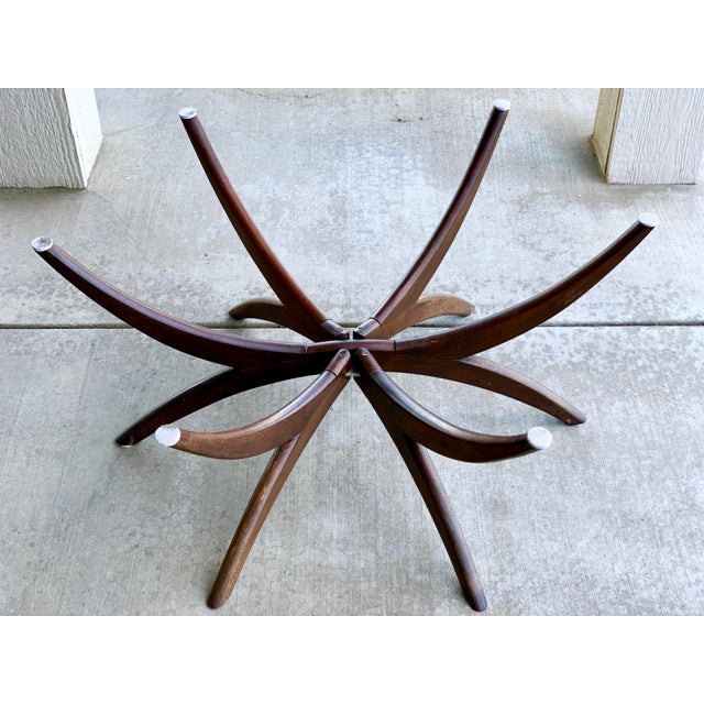 Gold 1950s Vintage Chinese Imports Polished Brass Spider Leg Tray Table For Sale - Image 8 of 11