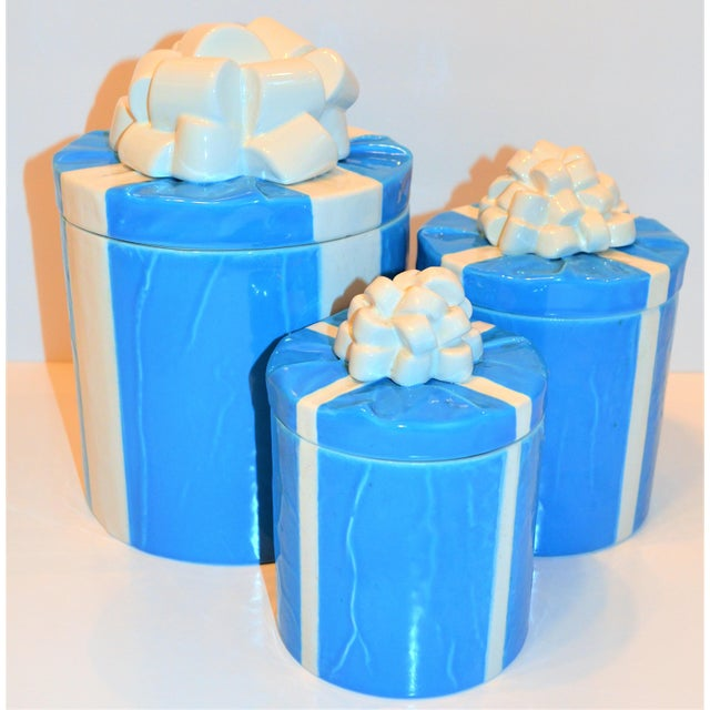 1970s 1970s Italian Trompe l'Oeil Mancioli Canister Set of 3 For Sale - Image 5 of 13