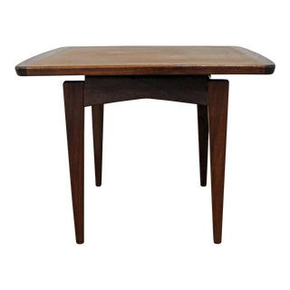 Mid-Century Danish Modern Jens Risom Walnut End Table For Sale