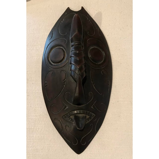 Vintage African Ceremonial Tropical Bird Box With Tribal Mask Lid For Sale In Los Angeles - Image 6 of 8