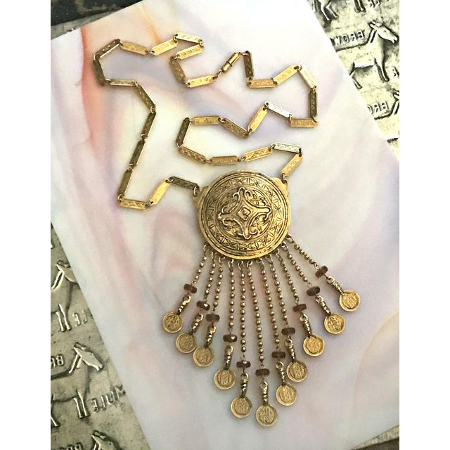 Vintage Accessocraft Medallion Dangle Egyptian Revival Statement Necklace For Sale In Los Angeles - Image 6 of 6