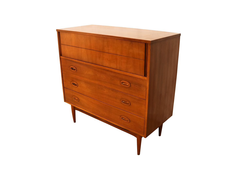 Charmant Mid Century Highboy Tall Walnut Dresser By Dixie Furniture