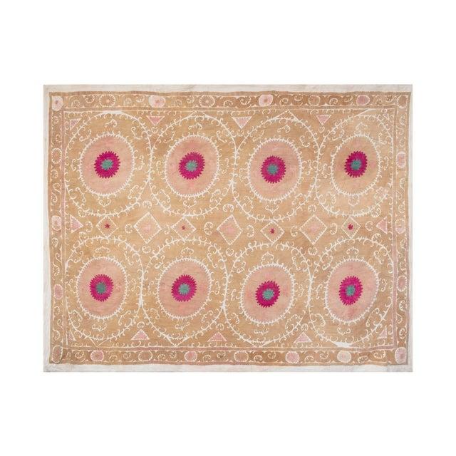 Vintage Suzani from Samarkand, circa 1900s. Dimension; 98.4'' x 137.8'' / 250 x 350 cm Material: 100% cotton. Condition:...