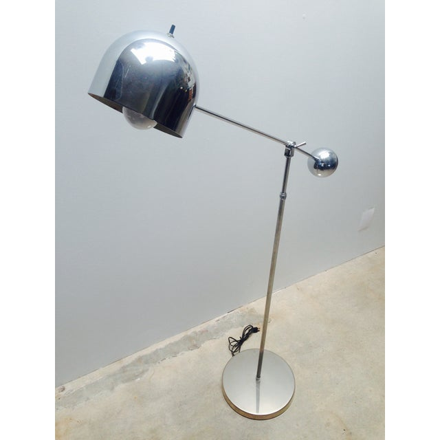 1970s Mid Century Chrome Counterweight Floor Lamp For Sale - Image 5 of 8