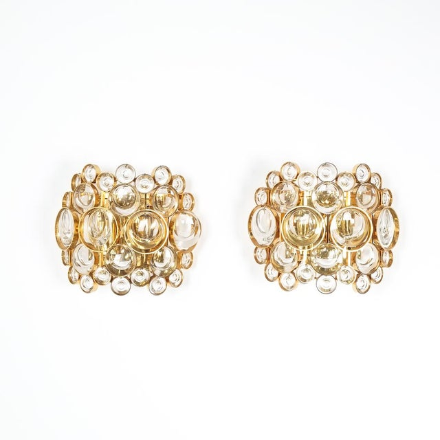 Gold Pair of Gold-Plated Brass and Crystal Glass Wall Lamps Sconces by Palwa, 1960 For Sale - Image 8 of 8