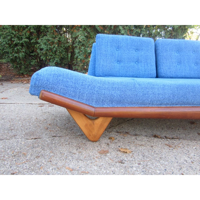 Mid-Century Modern Gorgeous Mid-Century Modern Adrian Pearsall Gondola Couch For Sale - Image 3 of 7