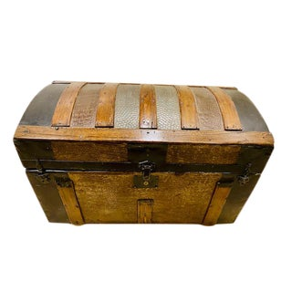 19th Century American Steamer Trunk For Sale