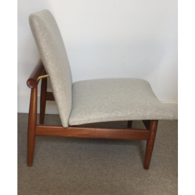 Mid-Century Modern 1950s Vintage Finn Juhl Japan Series Lounge Chair and Ottoman For Sale - Image 3 of 12