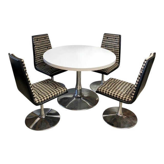 Mid Century Modern Sovereign Furniture Company Dining Set For Sale