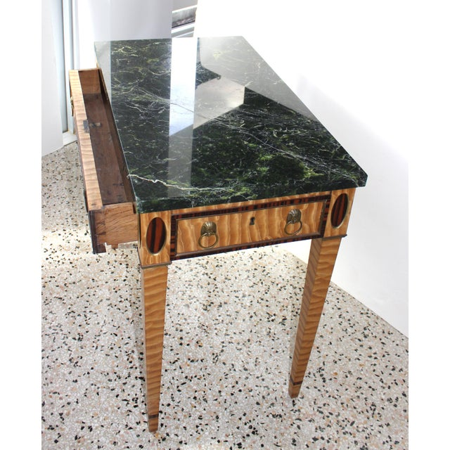 Tan Antique Mid-19 Century American Side Table in Ribbon Satinwood and Marble For Sale - Image 8 of 13
