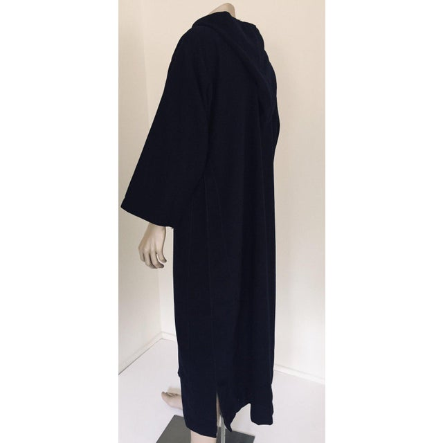 African Moroccan Gentleman Hooded Blue Wool Djellaba For Sale - Image 3 of 13