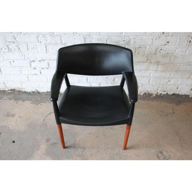 Animal Skin Ejner Larsen and Aksel Bender Madsen Black Leather & Rosewood Armchair For Sale - Image 7 of 9