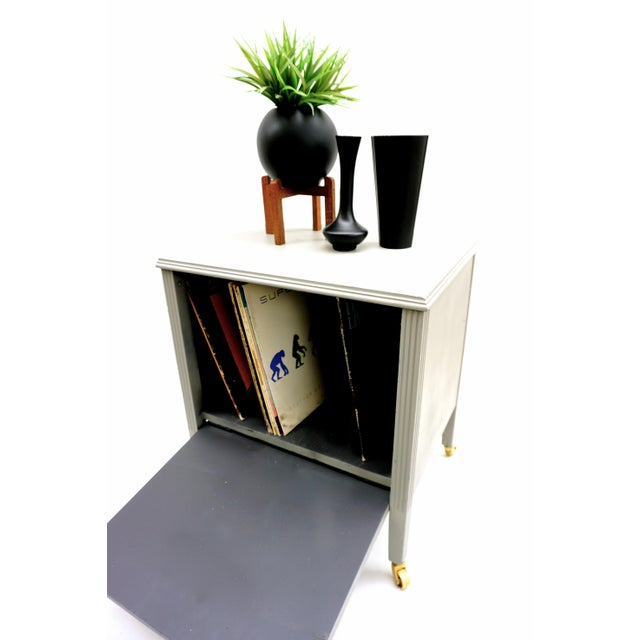Art Deco Gray & Gold Rolling Record Cabinet For Sale - Image 4 of 11