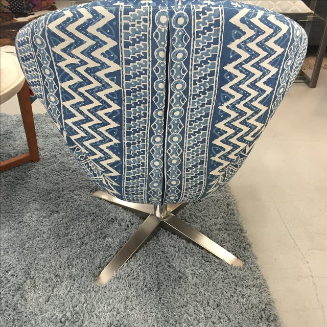 Blue Indian Kantha Swivel Tulip Chair - Image 5 of 11